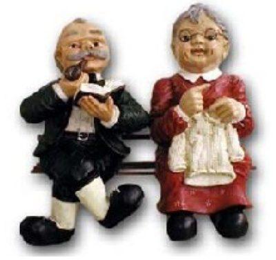 Oma Und Opa Auf Bank K564 Menschen Deko Und Gartenfiguren